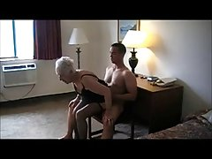 סבתא בת 90 yr. נדפקה בבית מלון